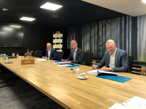 Biense Dijkstra (Bouwgroep Dijkstra Draisma), Edward van der Meer (Triade), Jelle Boorsma (ITBB)