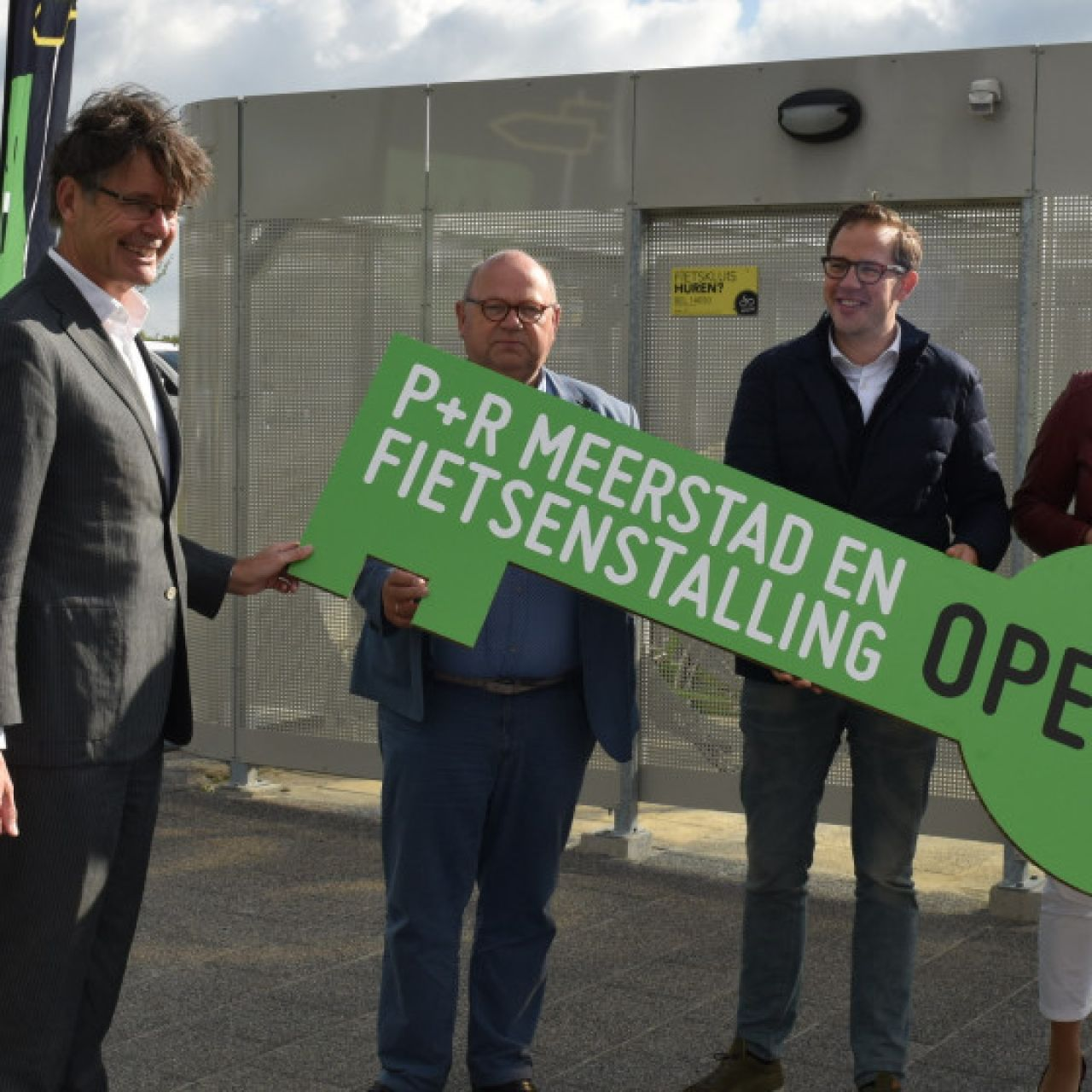 Opening P+R Meerstad with bike safes
